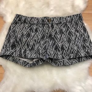 Like New! American Eagle Outfitters Midi Shorts, 6